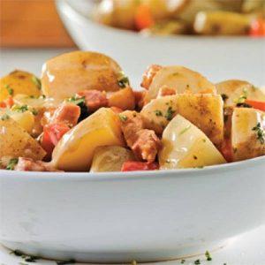 salade-de-pommes-de-terre-aux-poivrons-grilles-et-bacon-300x300