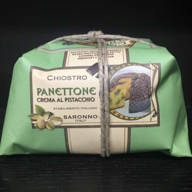 Panettone pistaches
